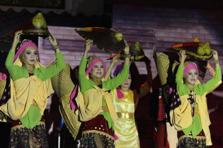Bebehas merupakan tradisi yang dahulu kerap dilakukan oleh masyarakat pedesaan di Kabupaten Muara Enim