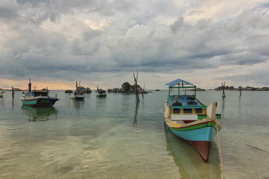 Pantai Teluk Limau termasuk pantai yang belum banyak terjamah wisatawan
