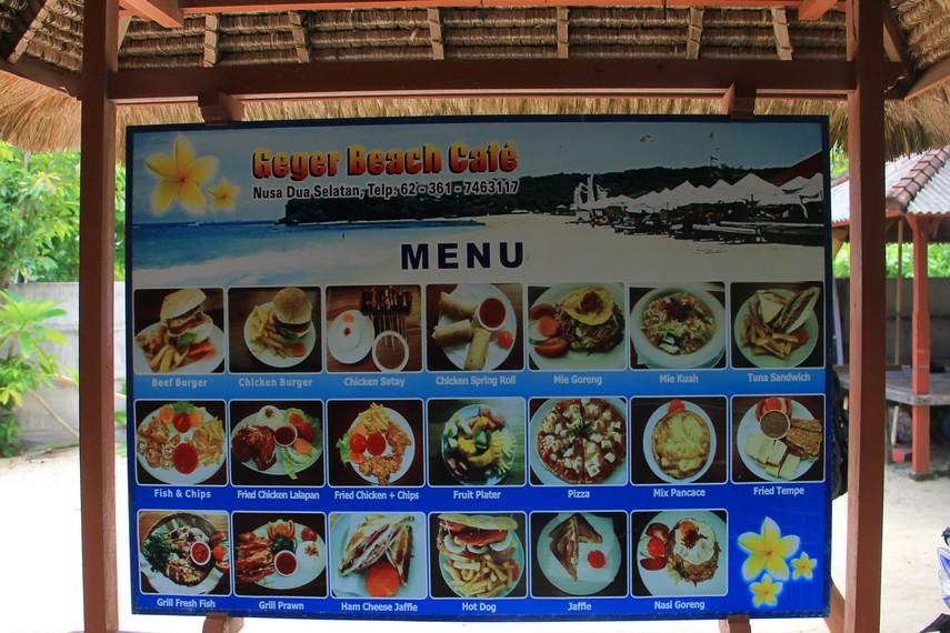 Berbagai variasi menu makanan yang tersedia di salah satu kafe untuk memuaskan selera semua kalangan