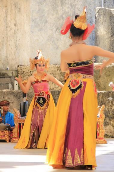 Tari kreasi baru ini pun kini menjadi salah satu tari populer di Bali