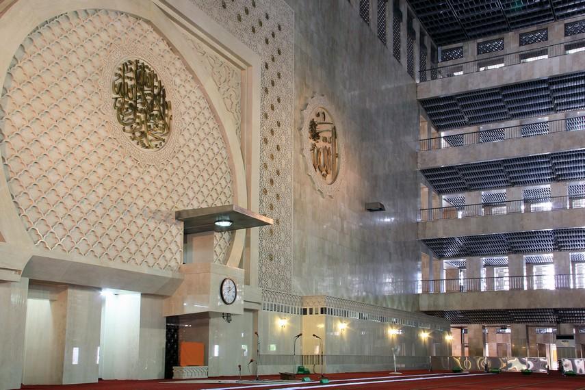 Masjid Istiqlal mempunyai kegiatan rutin harian, bulanan, dan tahunan, kegiatan makin banyak memasuki bulan Ramadan