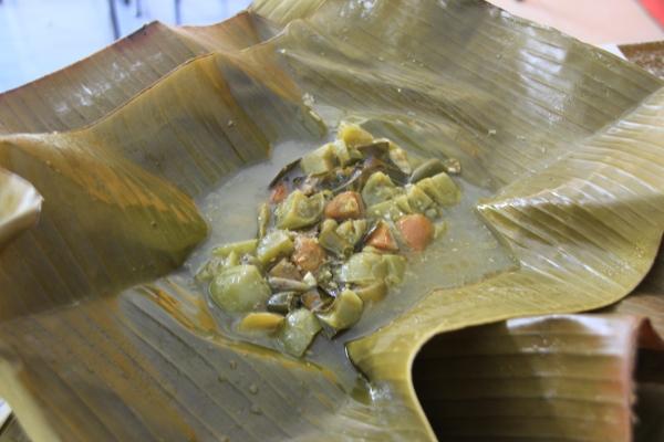 Tekstur masakan Garang Asem