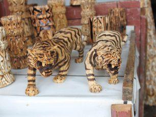 Kerajinan Kayu Batik, Mengabadikan Goresan Mosaik Alam