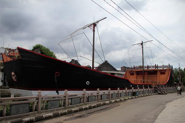 Inilah replika perahu Laksamana Zheng He