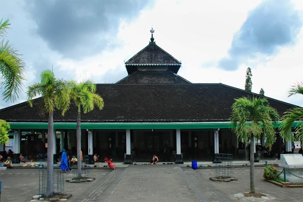 Masjid Agung Demak menjadi salah satu masjid tertua di pulau Jawa