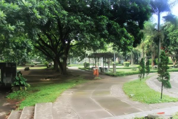 Ijzerman Park yang kini menjadi Taman Ganesha, terletak di depan kampus ITB