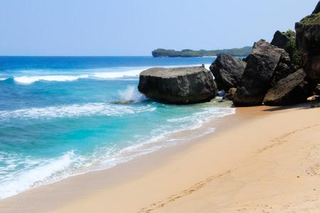 1183_thumb_Sebelum_bernama__Pantai_Indrayanti_dahulu_pantai_ini_bernama_Pantai_Pulang_Syawal_2.jpg
