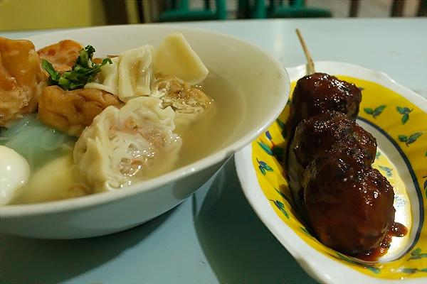 1188_thumb_Bakso-Cak-Man-salah-satu-kuliner-khas-Malang.jpg
