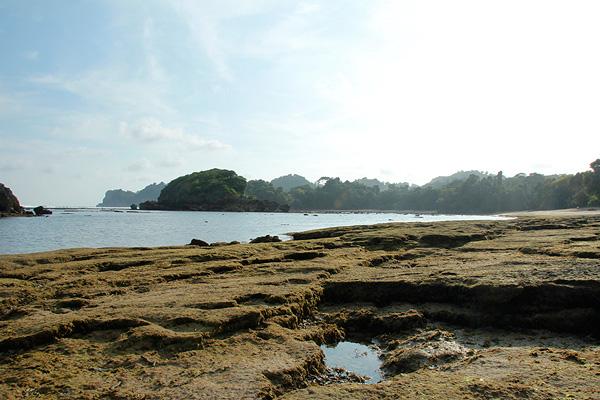 Pantai Kondang Merak menjadi salah satu tempat wisata di Kota Malang