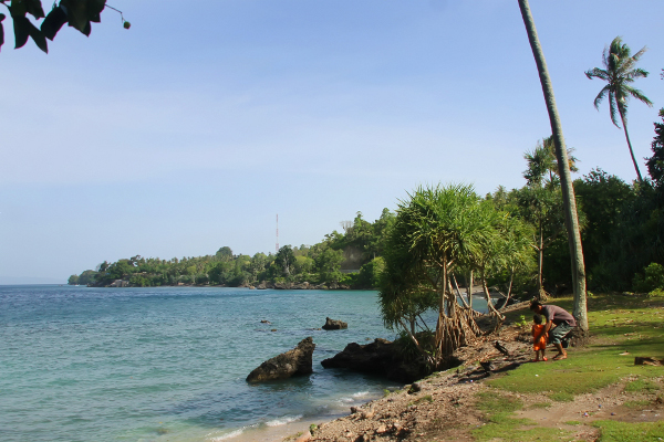 Keindahan pantai ini pernah meraih predikat pantai tercantik di Nusantara versi Majalah Garuda Indonesia