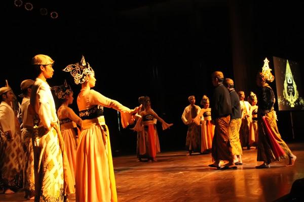 Upacara Bubuka ditampilkan dalam berbagai perhelatan sebagai bagian tradisi menyambut tamu