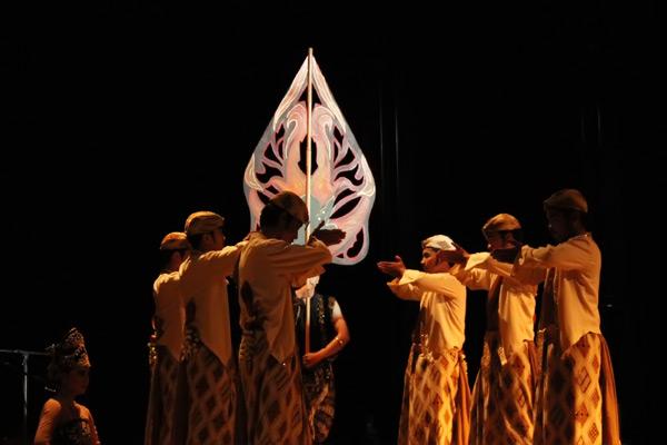 Upacara Bubuka menjadi manifestasi penghormatan masyarakat Sunda dalam menyambut tamu