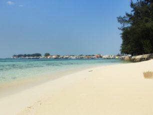 Pesona Keindahan Pulau Karya di Kepulauan Seribu