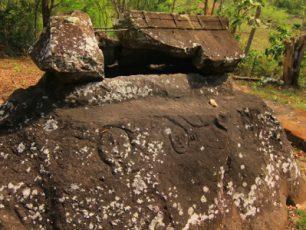 Menengok Situs Kuburan Batu Sarkofagus di Sumbawa