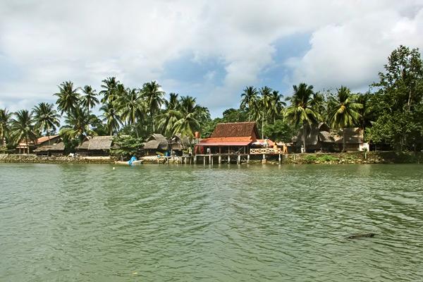 Sungai Cijulang telah dilengkapi fasilitas penginapan bagi wisatawan yang ingin bermalam