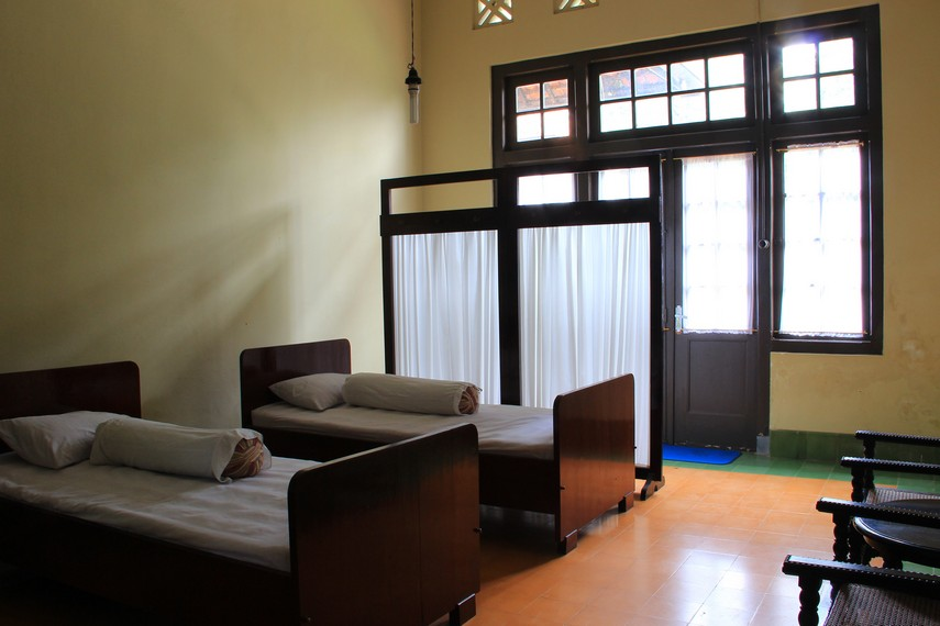 Gedung Linggarjati pada awalnya hanyalah berupa gubuk lalu diubah menjadi tempat, tinggal, hotel, dan gedung perundingan
