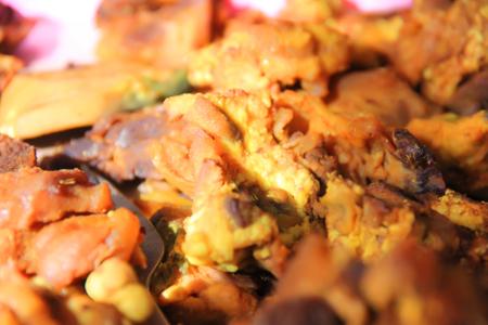 Daging yang digunakan terlebih dulu diolah menggunakan kunyit dan rempah lainnya, karenanya disebut soto kuning