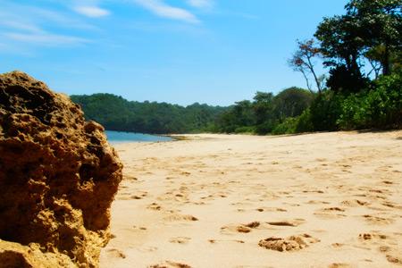 Salah satu sudut pandang Pantai Balekambang