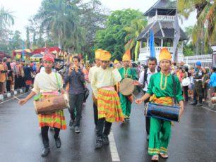 Warna-warni di Festival Moyo 2012