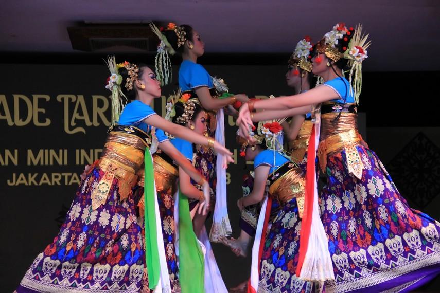 Periri Sesamuangan dalam bahasa Lombok berarti memperbaiki hubungan