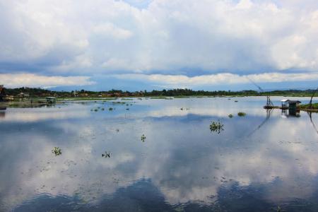 Situ Bagendit terletak di Desa Bagendit, Kecamatan Banyuresmi, Garut