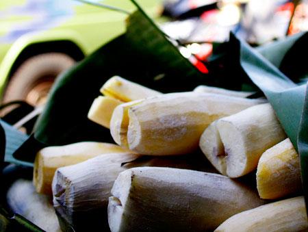 Peuyeum : tape singkong khas Bandung