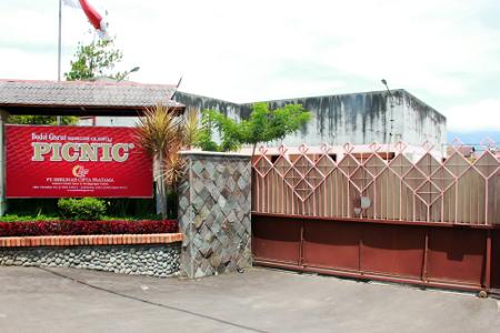 Pabrik Dodol Picnic terletak di Jalan Pasundan No 102, Garut
