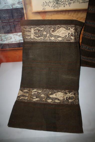 Kain tapis tua dapat menjadi barang koleksi yang berharga hingga ratusan juta rupiah