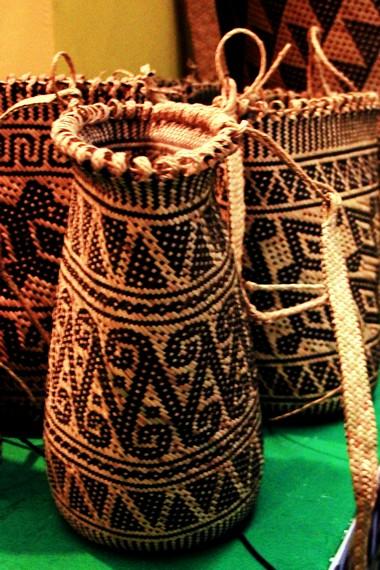 Kerajinan rotan Kabupaten Katingan terbukti disukai oleh wisatawan, baik domestik maupun mancanegara