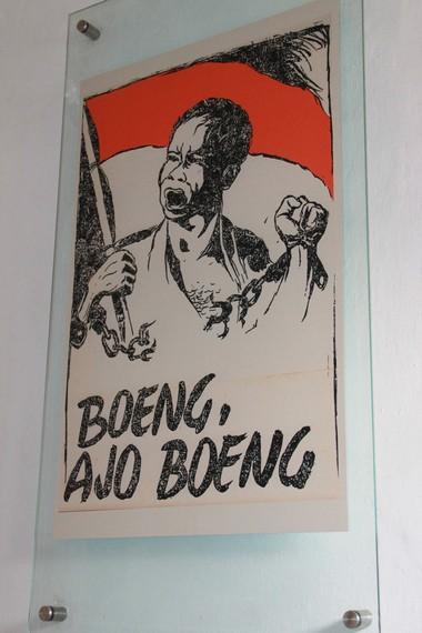 Sebuah poster bertema perjuangan yang terpampang di lantai dua Museum Perumusan Naskah Proklamasi