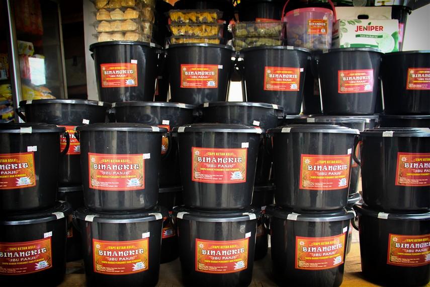 Ember kedap udara digunakan masyarakat Kuningan untuk saat proses fermentasi