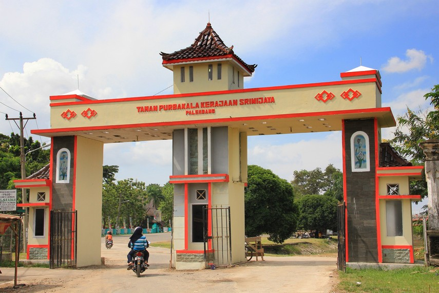 Menghabiskan waktu empat tahun pembangunannya, Taman Purbakala Kerajaan Sriwijaya kemudian diresmikan berdiri oleh Presiden Soeharto pada 22 Desember 1994