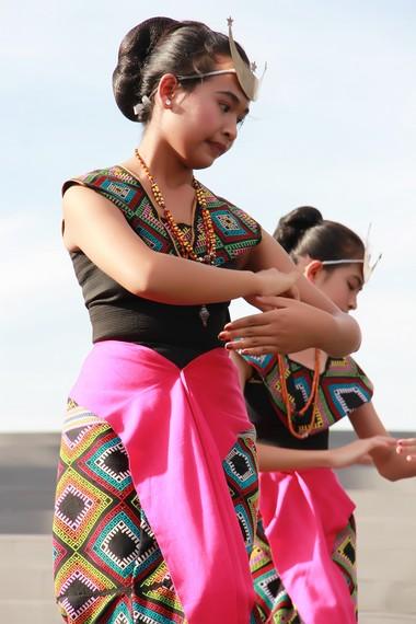 Tari Sandang Insana merupakan tari tradisional yang berasal dari Nusa Tenggara Timur