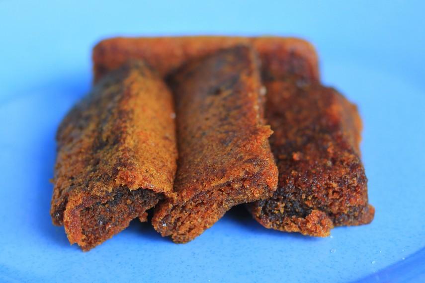 Bolu peca adalah kue khas masyarakat Bugis