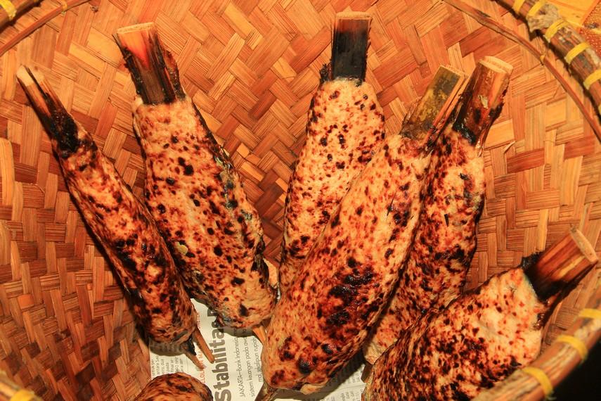 Sate bandeng menjadi salah satu ciri khas kuliner dari Kota Serang