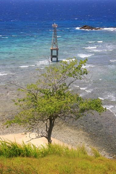 Pulau Baling-Baling masuk dalam wilayah Desa Tumbak, Kecamatan Pusomaen, Kabupaten Minahasa Tenggara