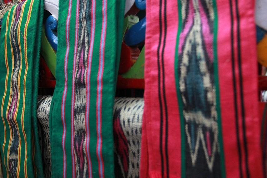 Kain tenun ulap doyo menjadi semacam identitas bagi Suku Dayak Benuaq yang mendiami sebagian wilayah Kalimantan Timur