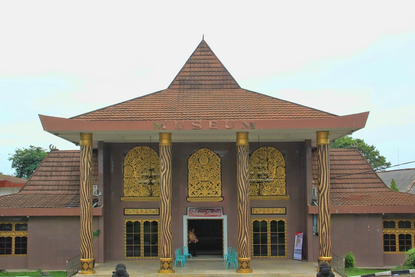 Museum Balaputera Dewa di Jalan Srijaya I No 28, Palembang
