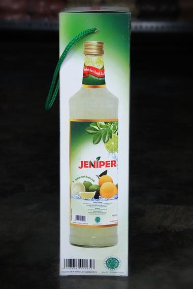 Salah satu minuman khas Kuningan yang sering dijadikan oleh-oleh bagi wisatawan yang berkunjung ke Kabupaten Kuningan