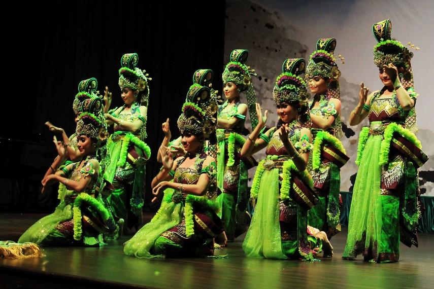 Tari bedoyo wulandaru berasal dari Blambangan, Jawa Timur