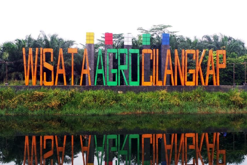 Danau ini berada di wilayah Tondano, Sulawesi Utara