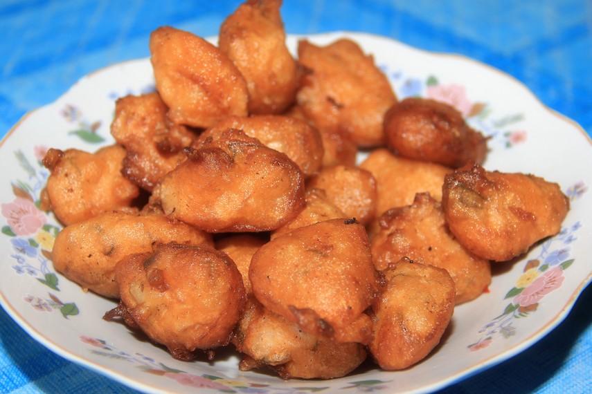 Secara harfiah 'sala' dalam bahasa setempat bermakna jenis makanan yang diolah dengan cara digoreng