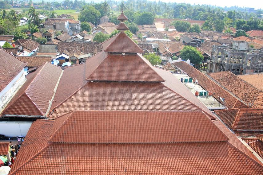 Masjid Agung Banten menjadi salah satu bangunan bersejarah dalam perkembangan Islam di Provinsi Banten