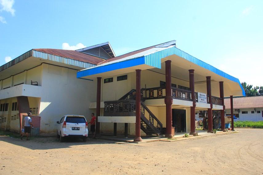 Dengan luas mencapai sekitar 3 hektar, bangunan ini difungsikan sebagai pusat kebudayaan di Sulawaesi Utara