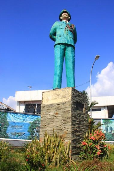 Pembangunan monumen ini dilakukan pada tahun 1986 oleh Tri Sutrisno yang saat itu menjabat Kepala staf Tentara Nasional Indonesia Angkatan darat