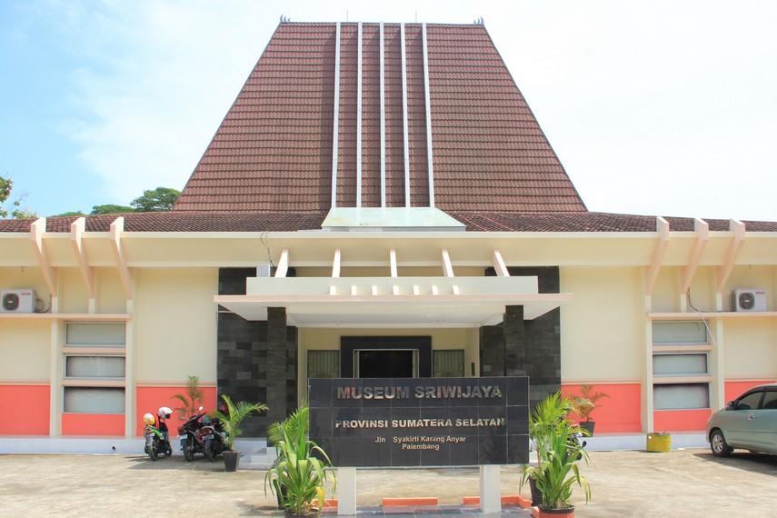 Museum Sriwijaya dibangun sebagai usaha untuk terus mempelajari dan melestarikan berbagai peninggalan kerajaan Sriwijaya