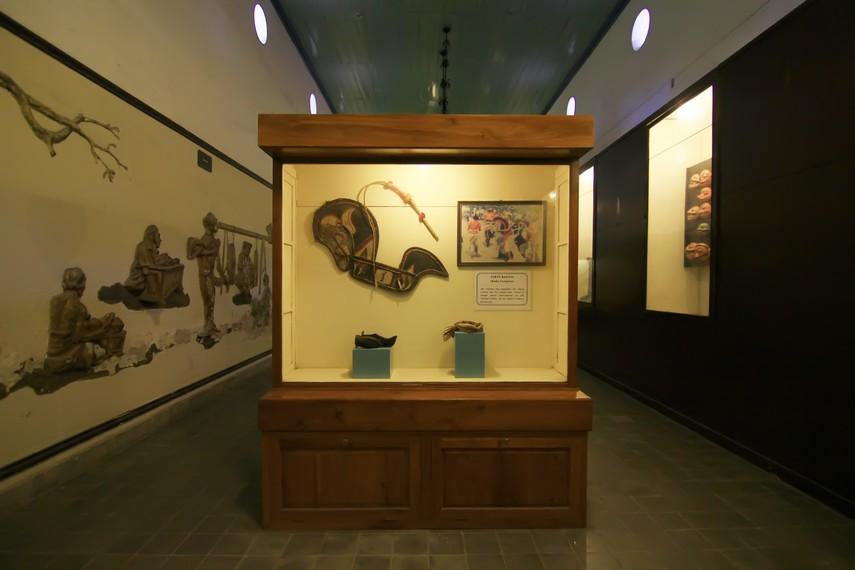 Museum ini memiliki 13 ruang pamer. Setiap ruang menampilkan koleksi yang berbeda