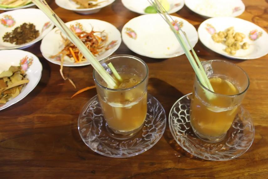 Wedang jahe menjadi sajian minuman yang pas diminum saat cuaca dingin