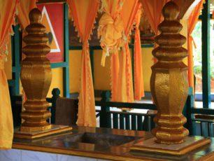Napak Tilas di Makam Opu Daeng Menambon