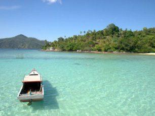 Pantai Pusik, Pesona Tersembunyi di Pulau Jemaja